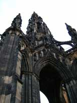The Scott Monument - www.countrybagging.com