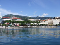 Papeete Harbour - www.countrybagging.com